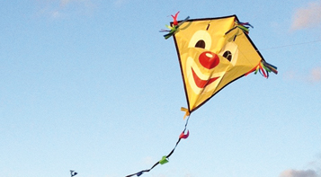 Drachenbasteln zum Weltkindertag bei moses am 17. und 18. September 2021